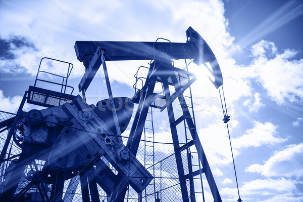 Oil rig. Stock photo © EvgenyBashta