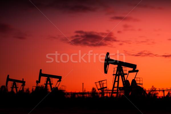 Olaj pumpa naplemente égbolt szelektív fókusz sekély Stock fotó © EvgenyBashta