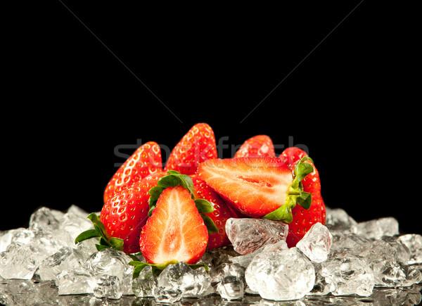 Morango preto morangos gelo comida Foto stock © EwaStudio