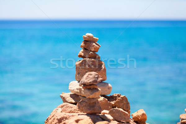 Boglya kövek tengerpart égbolt nyár kék Stock fotó © EwaStudio