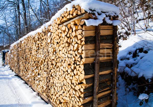 Drewno opałowe zimą drewna śniegu Zdjęcia stock © EwaStudio