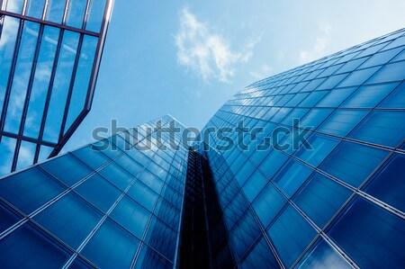 Edifícios de escritórios moderno vidro parede arranha-céu edifício Foto stock © EwaStudio