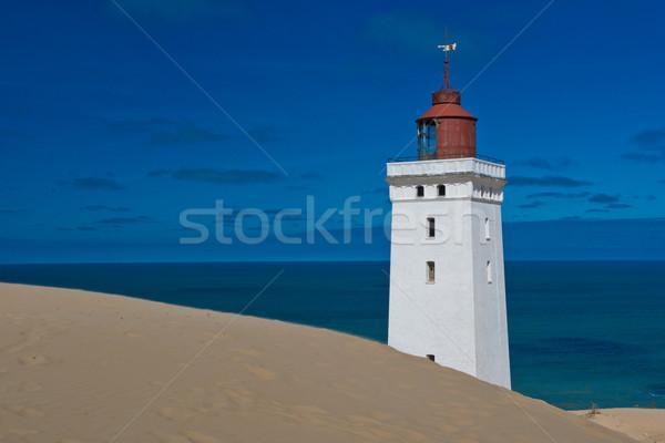 Vuurtoren duin zee reizen veiligheid kust Stockfoto © faabi