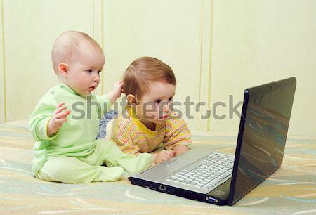Stock fotó: Kislány · fiú · laptopok · játszik · számítógép · játékok