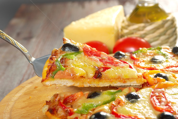 ホーム ピザ パプリカ オリーブ クローズアップ 浅い ストックフォト © fanfo