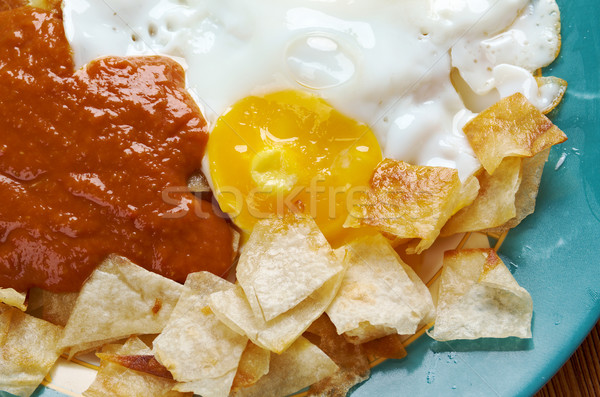 Huevos con chilaquiles Stock photo © fanfo