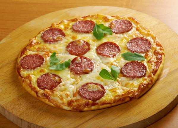 Eigengemaakt pizza kaas tomaat snel Italiaans Stockfoto © fanfo