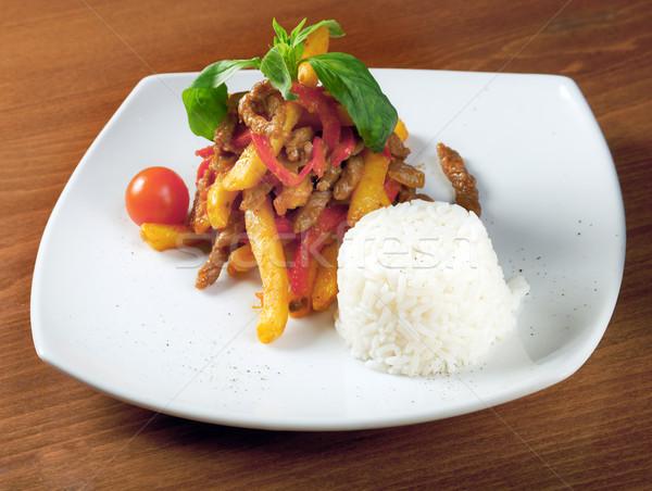 Borjúhús krumpli étterem piros hús villa Stock fotó © fanfo