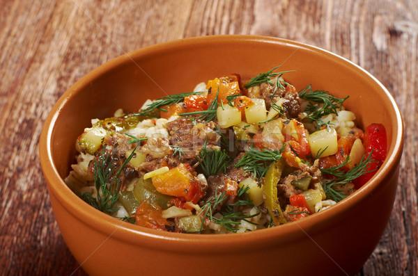 Főtt gyöngy árpa hús zöldség étel Stock fotó © fanfo
