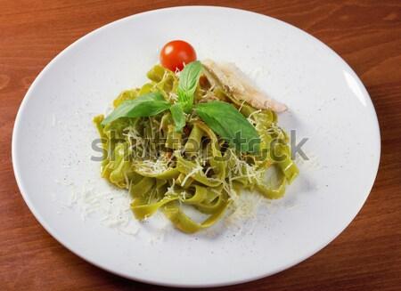 Makarna tagliatelle pesto sos fesleğen yaprak Stok fotoğraf © fanfo