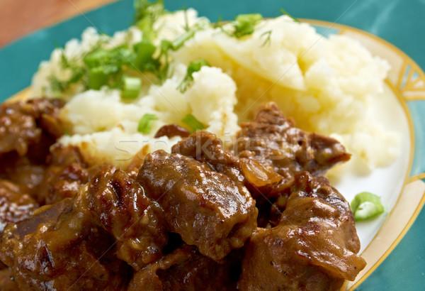 La batatas tradicional carne cebola ensopado Foto stock © fanfo