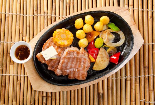 Japán marhahús étel étterem vacsora zöldségek Stock fotó © fanfo