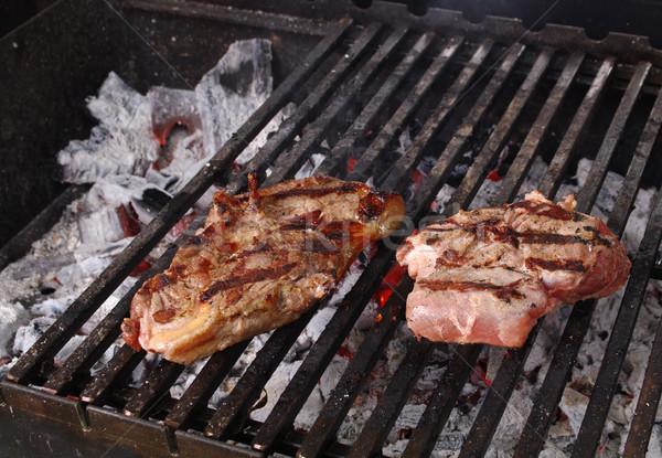 Stock fotó: Vesepecsenye · steak · előkészített · barbecue · grill · sekély · tűz