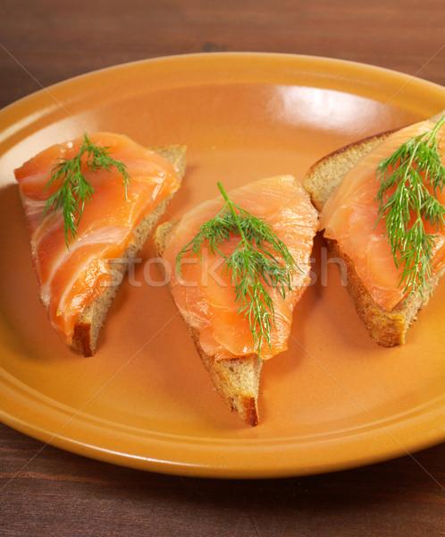 Kanapkę wędzony łosoś żywności ryb pomarańczowy Zdjęcia stock © fanfo