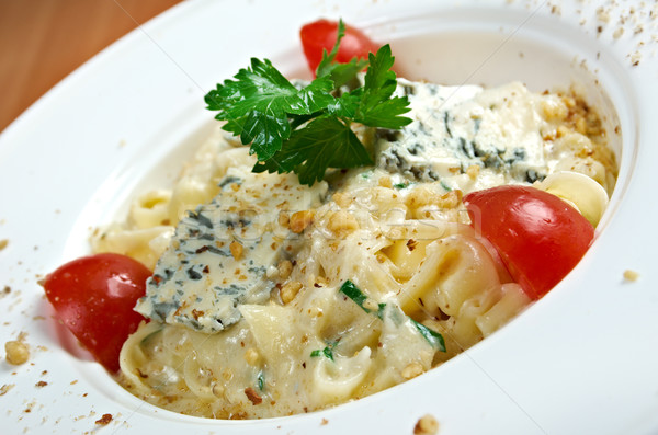 Tészta gurmé sajt étel hal zöld Stock fotó © fanfo
