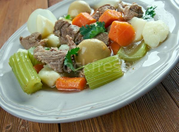 Ierse stoven varkensvlees voedsel soep plantaardige Stockfoto © fanfo