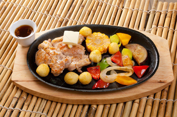 Japanese cucina alimentare ristorante cena verdura Foto d'archivio © fanfo