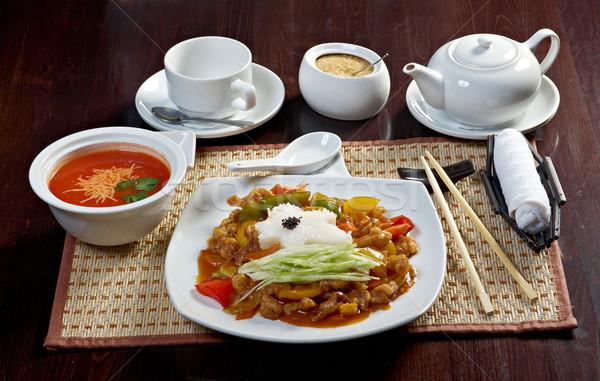 Kínai étel stílus paradicsomleves disznóhús zöldség piros Stock fotó © fanfo
