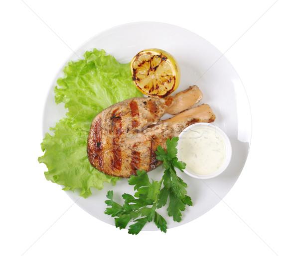 Grillezett lazac steak zöldségek felszolgált tányér Stock fotó © fanfo