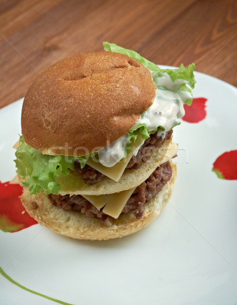 Bónusz amerikai hamburger hamburger eladva étterem Stock fotó © fanfo