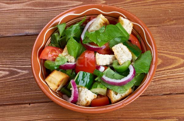Toszkán saláta kenyér paradicsomok étel gyümölcs Stock fotó © fanfo