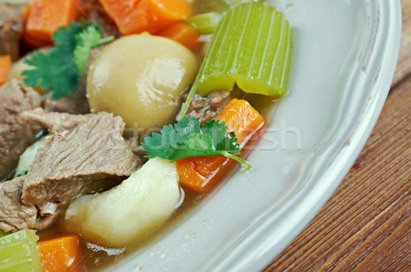 Irlandés estofado cerdo alimentos sopa vegetales Foto stock © fanfo