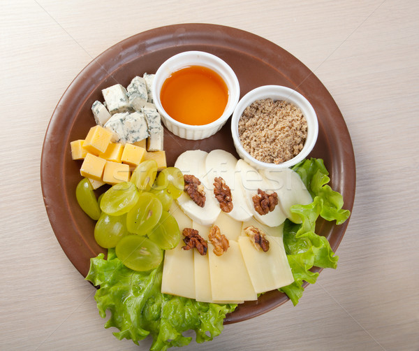 Egyezség diók egészség konyha zöld sajt Stock fotó © fanfo