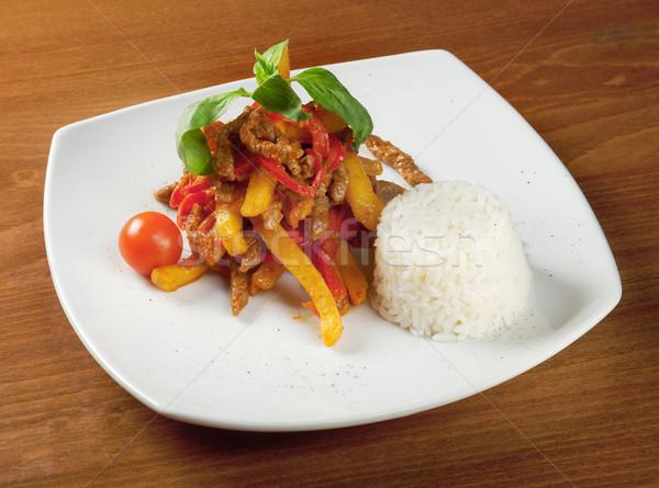 Borjúhús krumpli étel egészség étterem hús Stock fotó © fanfo