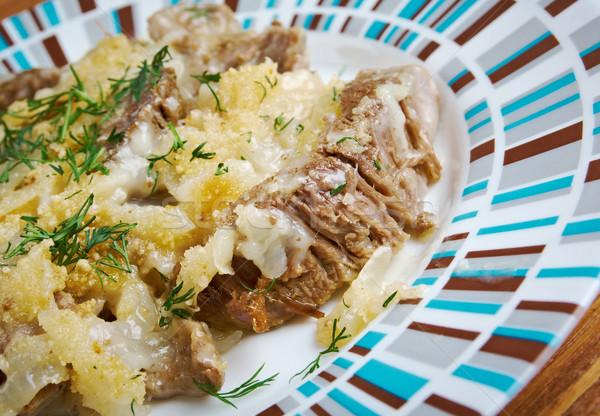 Marhahús hagyományos hagyma mártás vacsora piros Stock fotó © fanfo