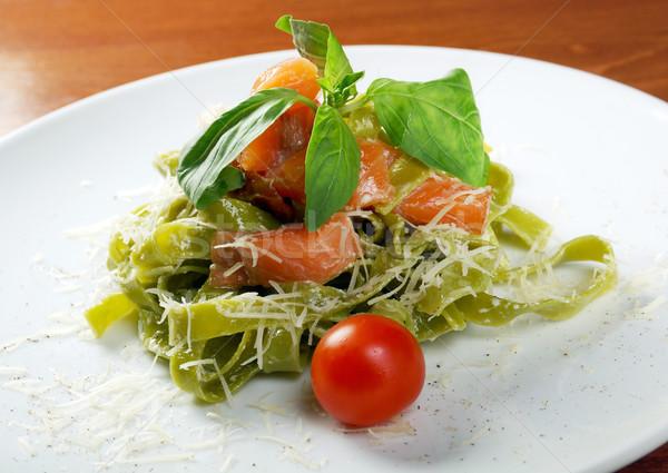 пасты тальятелле соус базилик лосося Сток-фото © fanfo