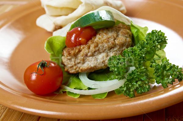 ピタ麻 サンドイッチ 肉 トマトソース 緑 ディナー ストックフォト © fanfo
