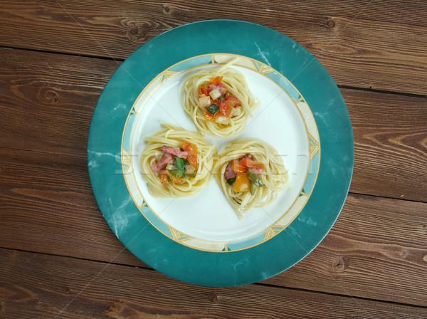 Foto d'archivio: Spaghetti · spirale · salsiccia · vegetali