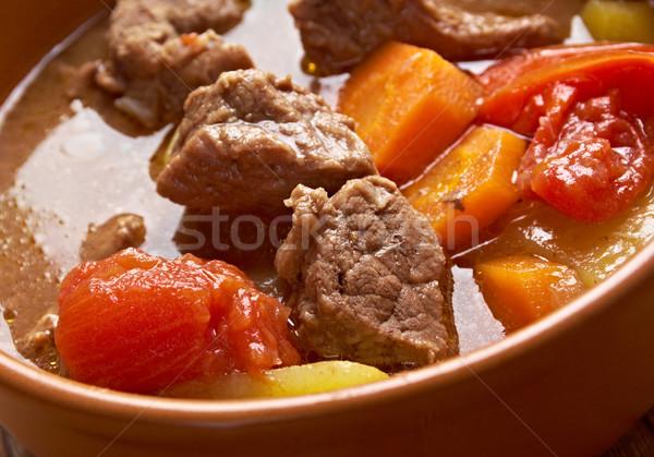Eski moda sığır eti güveç ev yapımı amerikan sığır eti ekmek Stok fotoğraf © fanfo