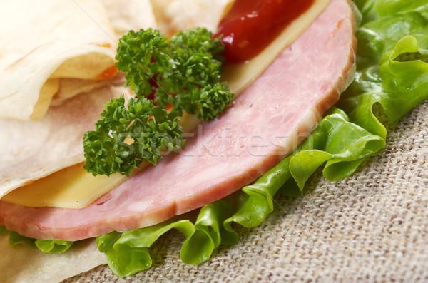 Pita szendvics paradicsomszósz zöld vacsora hús Stock fotó © fanfo