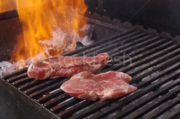 Controfiletto bistecca preparato barbecue poco profondo fuoco Foto d'archivio © fanfo