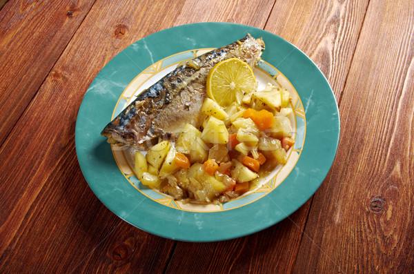 Grelhado cavala batatas prato peixe Foto stock © fanfo