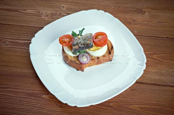 Pirítós szendvicsek tojások hal koktélparadicsom tojás Stock fotó © fanfo