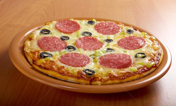 Casa pizza calabresa queijo almoço rápido Foto stock © fanfo