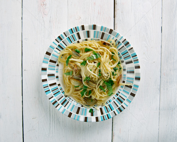 spaghetti with garlic and oil Stock photo © fanfo