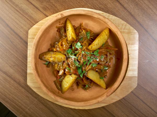 Hagyományos étel zöldség krumpli étel edény Stock fotó © fanfo