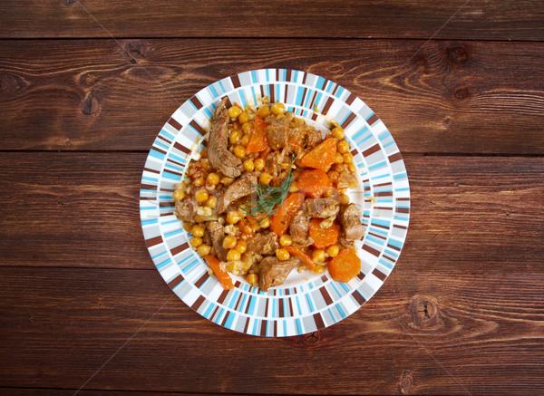 Hagyományos pörkölt alapvető hozzávalók hús krumpli Stock fotó © fanfo