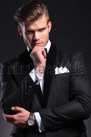 Moda homem de negócios provocante pose jovem escuro Foto stock © feedough