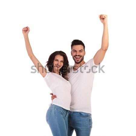 Fericit tineri ocazional cuplu comunica femeie Imagine de stoc © feedough