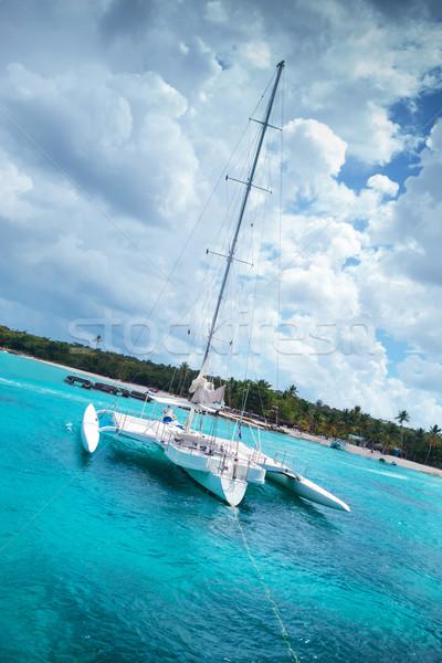 Catamarán isla Caribe mar nubes sol Foto stock © feedough