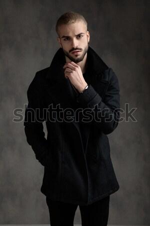 Elegante man handen smoking Stockfoto © feedough
