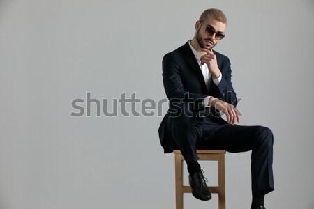 Man smoking vergadering kruk sexy elegante Stockfoto © feedough