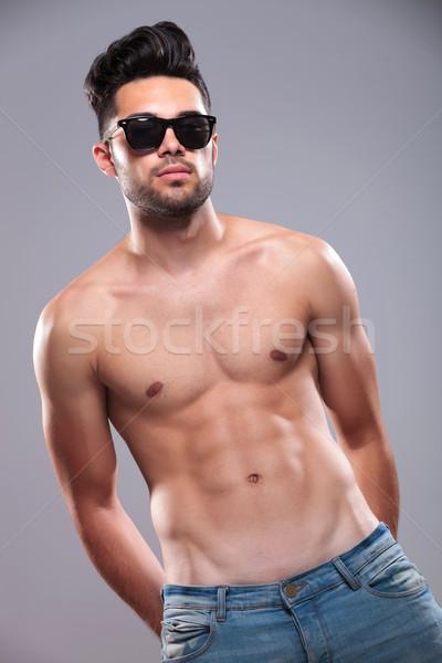 Topless człowiek ręce powrót młody człowiek Zdjęcia stock © feedough