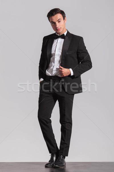 Stock fotó: Egészalakos · kép · elegáns · fiatalember · csokornyakkendő · üzlet