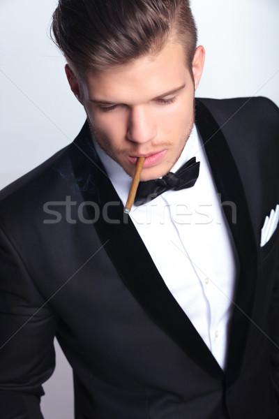 Stok fotoğraf: Iş · adamı · sigara · içme · resim · zarif · genç