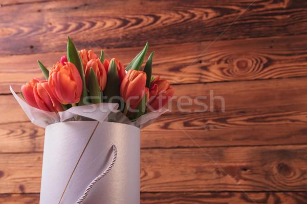 Buket lale kutu eski ahşap bo bahar Stok fotoğraf © feedough